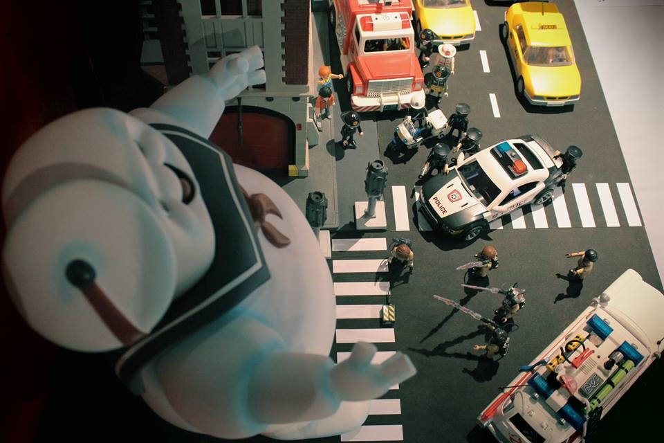 sos fantomes en playmobil par dominique béthune