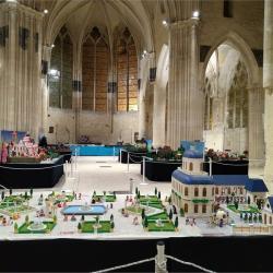 Exposition Playmobil dans l'église Saint Pierre de Senlis en 2019