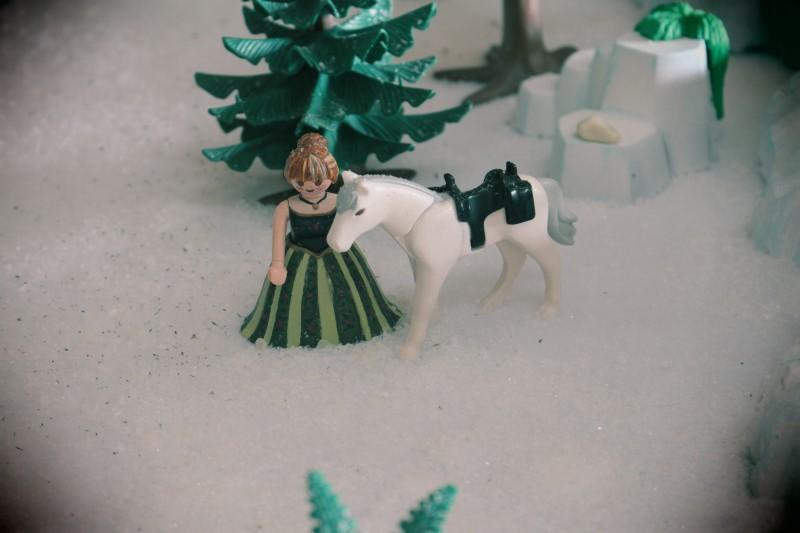 Anna en playmobil reine des neiges alizee