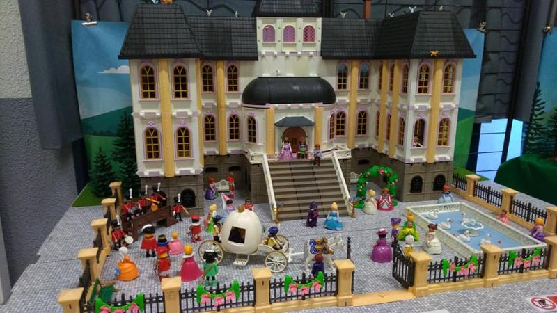 Exposition playmobil saint romain le puy 2018 dominique bethune cendrillon