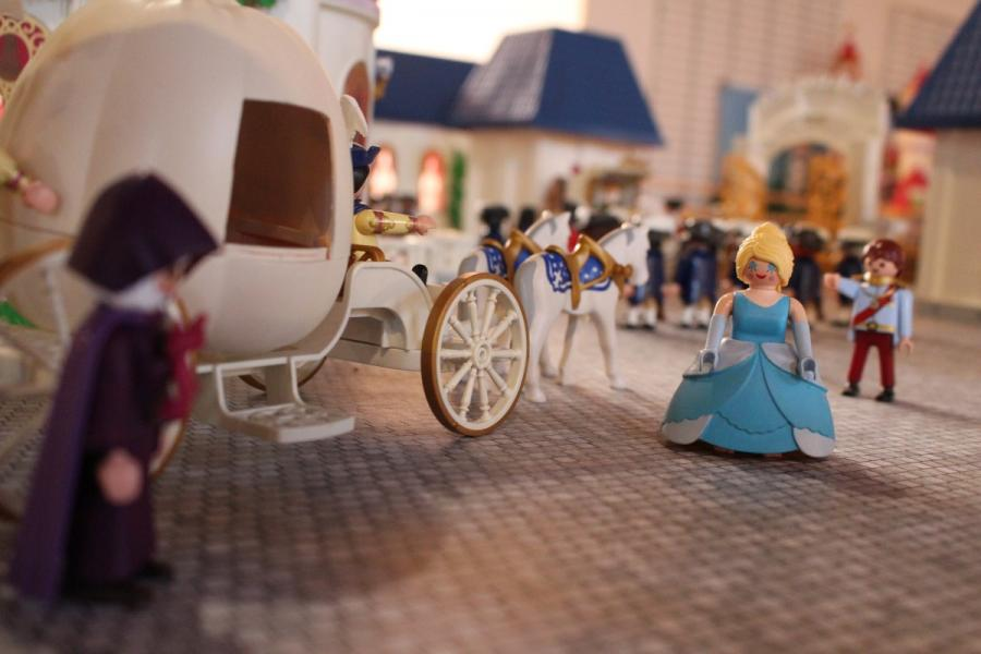 Exposition playmobil sedan 2019 dominique bethune cendrillon