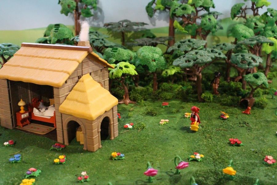 Exposition playmobil sedan 2019 dominique bethune le petit chaperon rouge