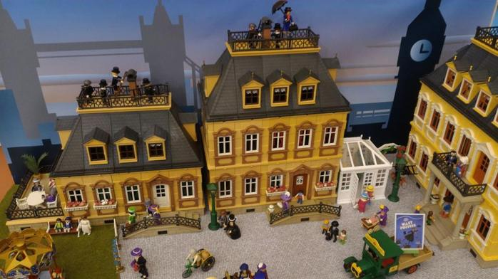 Faire une exposition playmobil decor 1900 dominique bethune
