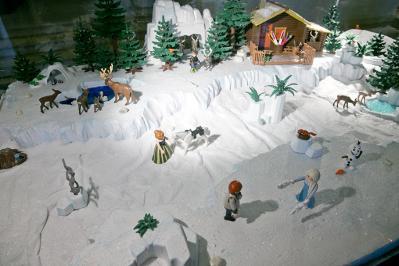 Playmobil puteaux 2016 diorama playmobil reine des neiges dominique bethune
