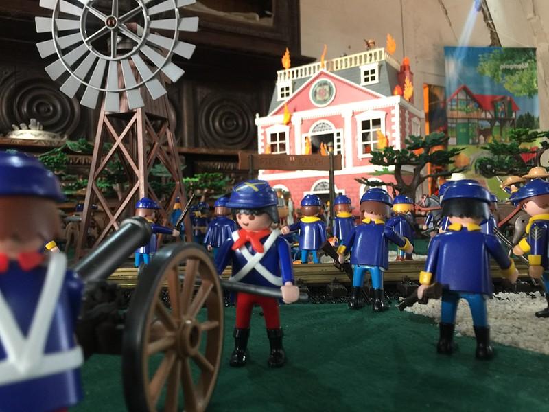 Playmobil sud contre nord exposition playmobil chateau selles sur cher dominique bethune