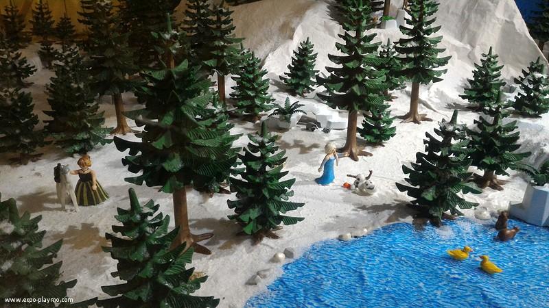 Vitrine reine des neiges en playmobil hopital robert debre 2 vitrine reine des neiges en playmobil hopital robert debre