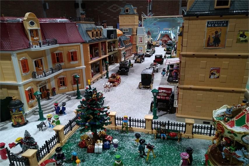 Exposition playmobil de noël à Châteaubriant en 2019 - Ville 1900