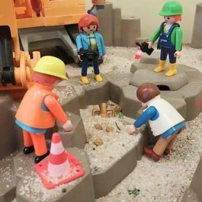 Exposition playmobil archeologie au musée de l'oise