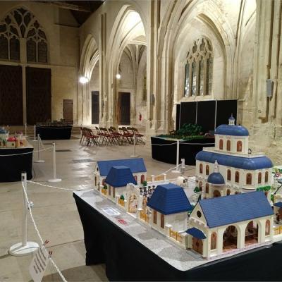 Exposition Playmobil dans l'église Saint Pierre de Senlis