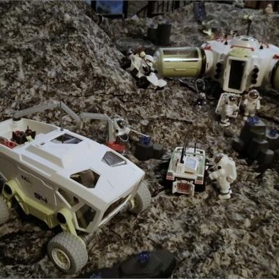 Exposition playmobil sur l'histoire - conquête de l espace