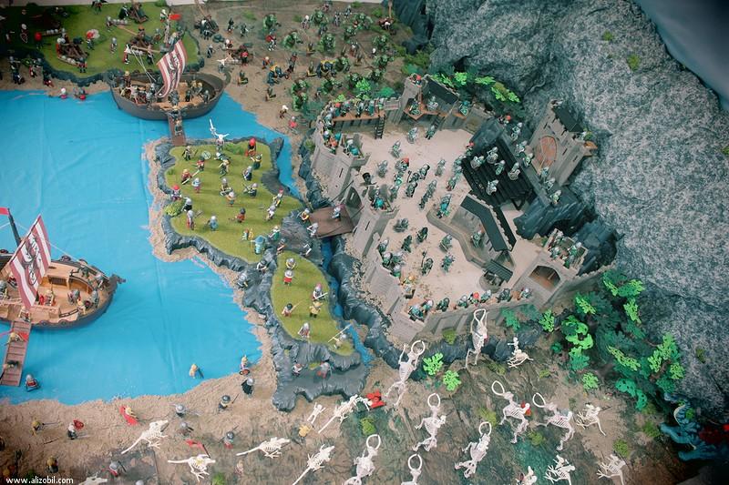 L'invasion diorama d'inspiration Heroïc Fantasy en Playmobil