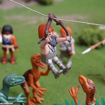Les-jeux-préhistoriques-en-playmobil-dominique-bethune-39