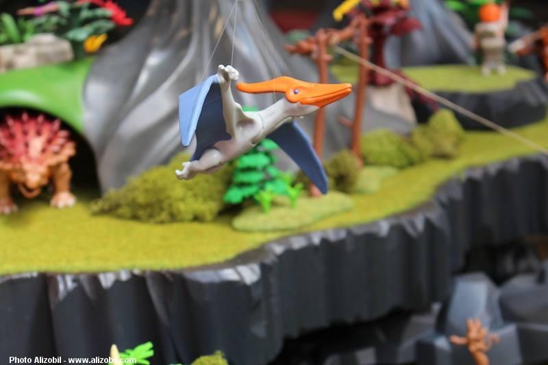 Les-jeux-préhistoriques-en-playmobil-dominique-bethune-40