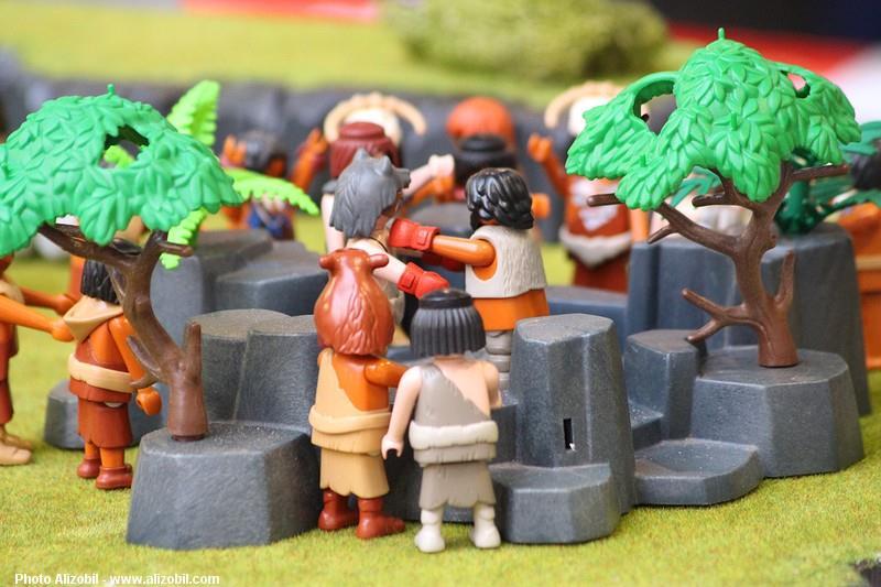 Les-jeux-préhistoriques-en-playmobil-dominique-bethune-48