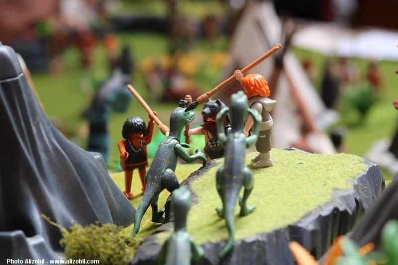 Les-jeux-préhistoriques-en-playmobil-dominique-bethune-60