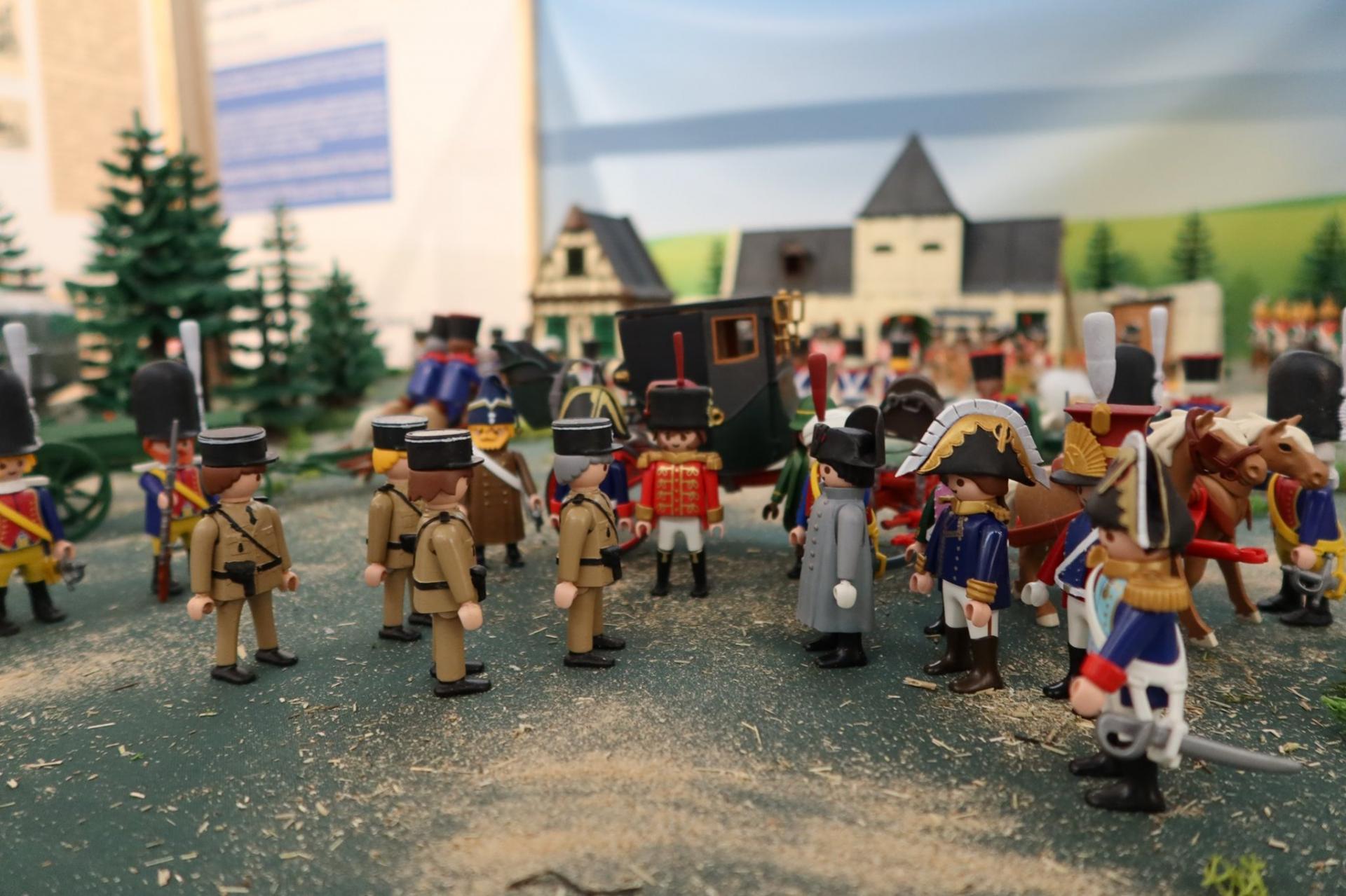 Napoleon en playmobil exposition dominique bethune saint tropez